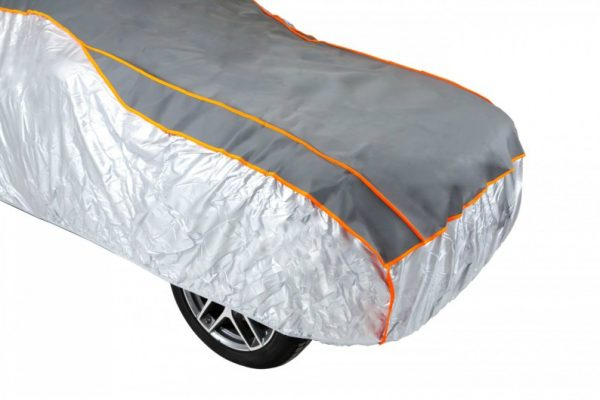 Antigradni prekrivač za zaštitu automobila